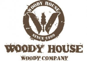 WOODY HOUSE LIBRE